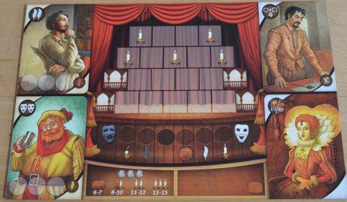 Le plateau de départ : un décor vide, 2 acteurs (à gauche), un homme à tout faire et... et.... THE Queen !